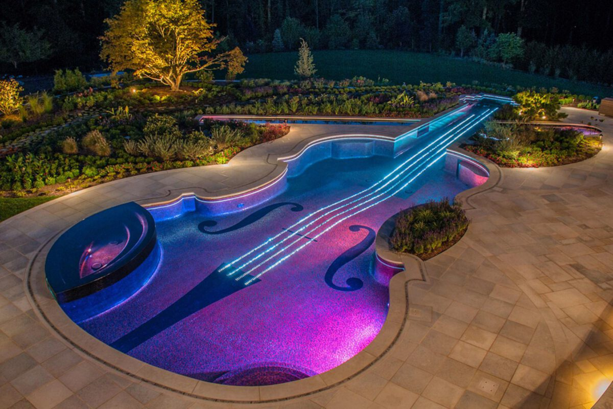 Fanciest Swimming Pools from Around The Globe